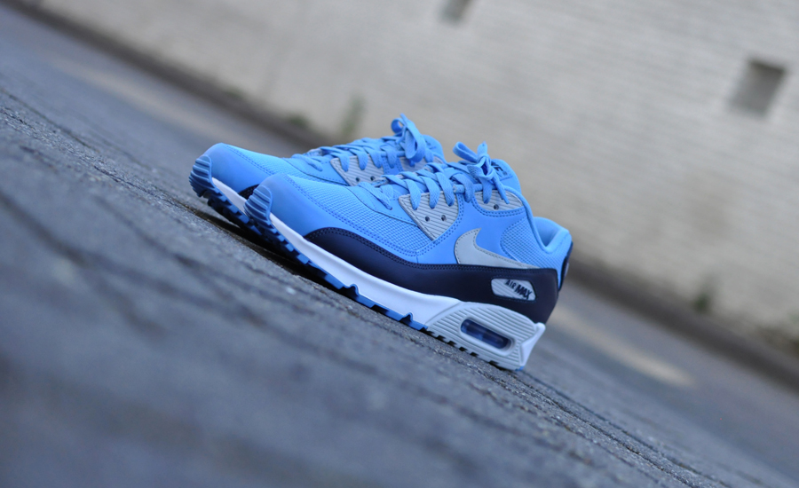 Nike Air Max 90 Essential 537384 416 Sneakers Blog