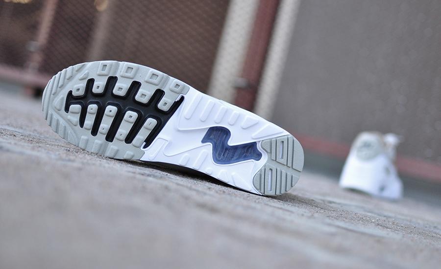 Nike Air Max 90 Ultra 2.0 Essential 875695 005 Sneakers Blog