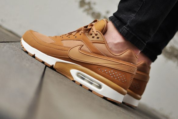 Nike Air Max BW 881981 200 Archives Sneakers Blog